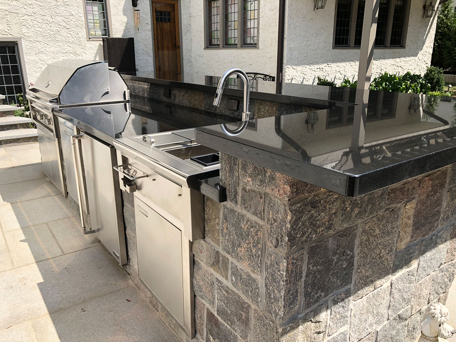 Outdoor living, masonry, outdoor kitchens, landscape design
